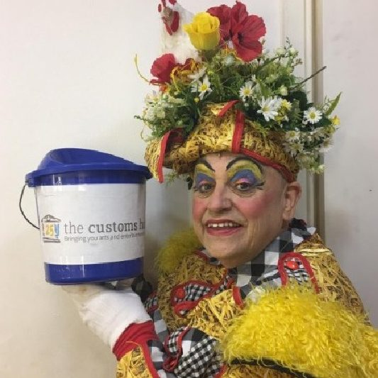 PANTO AUDIENCES URGED TO SUPPORT THE CUSTOMS HOUSE WITH DONATIONS