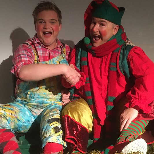 SANTA'S NAUGHTY ELF HANDS OVER REINS TO NEW STAR
